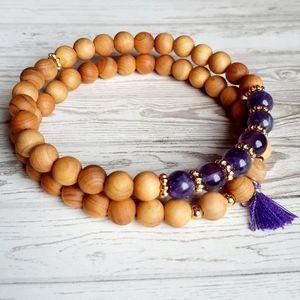 Jewelry - Sandalwood/ Amethyst Gemstone Bracel…